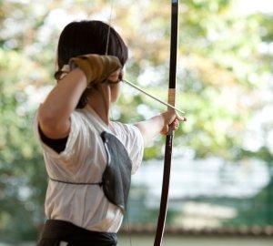 スポーツDVDで弓道を学ぶ